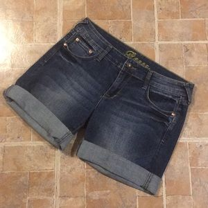 dELIA*S Reese jean shorts size juniors 9/10